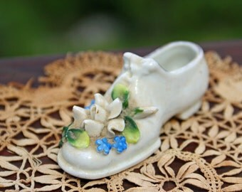 Vintage Collectible Ceramic Shoe With Flowers Bric A Brac Shoe