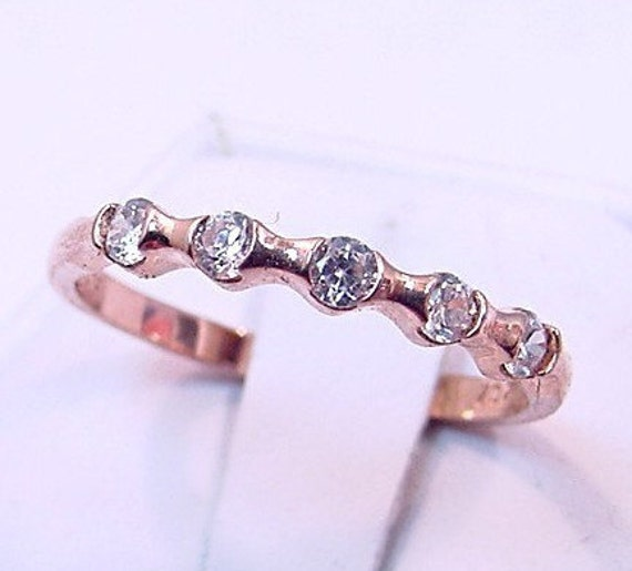 2.8mm 14K ROSE gold and Diamond Ring band with 5 round diamonds .25 carats