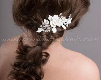Wedding Hair Comb, Bridal Pearl Hair Comb, Wedding Flower Headpiece - Bristol