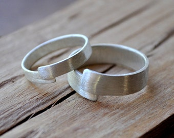 Wrapped Sterling Silver Wedding Ring Set. Matte Finish in your Custom Size. Handmade wedding band set.