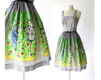 Vintage 1960s Dress / Scarecrow / Novelty Print Dress / 60s Dress / XS