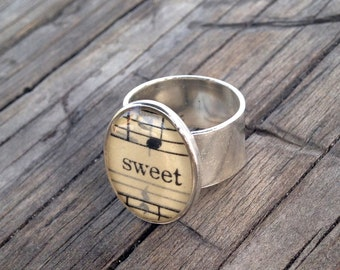 Sweet Music Resin Ring