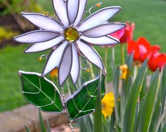 White Daisy Stained Glass Suncatcher