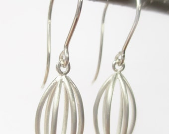 Silver dangle earring, handcrafted minimalist wire drop