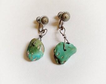 Vintage Southwestern Dangle  Turquoise  Colored Stone Earrings Screw Backs