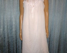 """Vintage 70's -  Blendaire Batiste Feel Fabric- Pink - Embellished - Rose Ribbon - Lace - Pintuck - Baby Doll - Nightgown - 43"""" bust"""