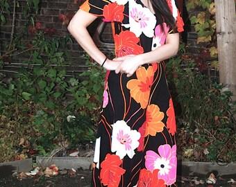 Vintage 1960s Floral Jumpsuit Black and Pink Flower Power Mid Century Jumpsuit Sportswear XS/S