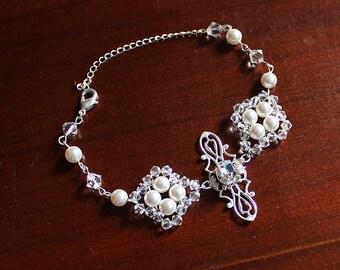 Ginnifer Bridal Bracelet, Wedding Bracelet, Bridesmaid Jewelry, Pearl Crystal Bracelet, Elegant Bracelet, Bridal Party Jewelry Gift for Her
