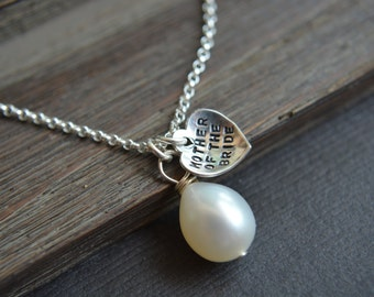 Mother of the Bride Gift Mothers of the Groom Gifts Personalized Pearl Necklace Heart Thank you Gifts Bridesmaids Gifts Wedding Jewelry