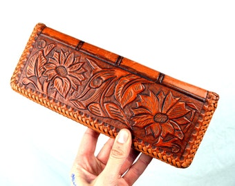 Vintage Mexican 1950 Tooled Leather Floral Wallet Clutch