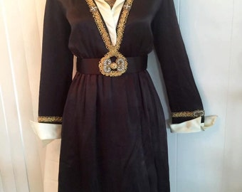 Beautiful Mid 1960's Brown Egyptian Revival Dress with Gold Trim Size M-L