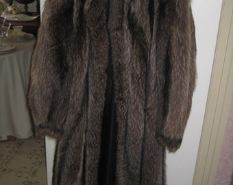 1980's Vintage Racoon Full Length Coat   Winter Fur FREE SHIPPING