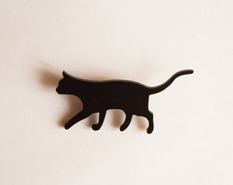Cat wooden brooch, handmade, in black, blue, red, green, turquoise or the color you want!