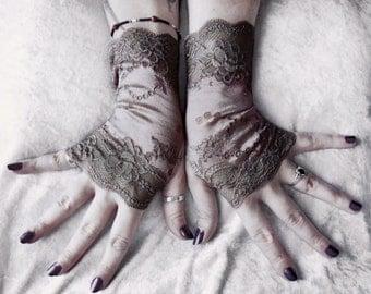 Wraith Lace Fingerless Gloves | Warm Charcoal Grey Mauve Rose Floral | Victorian Wedding Gothic Mori Girl Bridal Noir Goth Dystopian Neutral