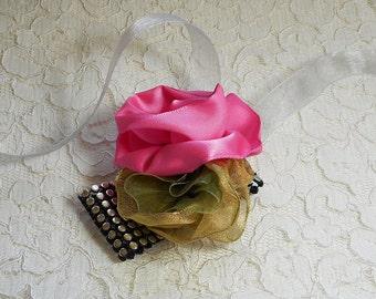 Wrist corsage pink / gold