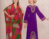Vintage Pattern Retro CAFTAN Mrs Roper Housedress 1970s Size Small 8-10 Back Zipper 2 Styles