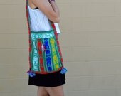 Vintage NATIVE Ethnic Tribal COLORFUL Print Shoulder Bag with Mayan Deity Design