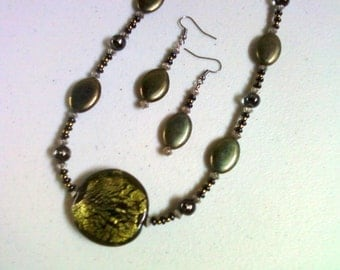 Olive Green and Black Necklace and Earrings (0225)
