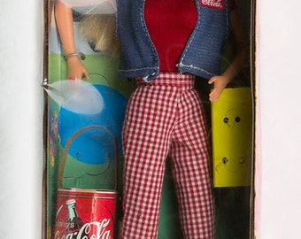 Barbie Coca Cola Picnic Barbie Special Edition NIB Blonde hair, blue eyes