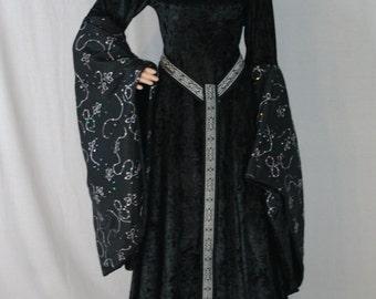 medieval dress, renaissance dress, ELVEN dress, gothic wedding dress, vampire dress, halloween wedding dress
