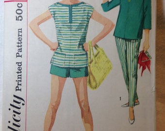 Vintage Misses Pants and Overblouse Pattern, Simplicity, #2590 - Size 18