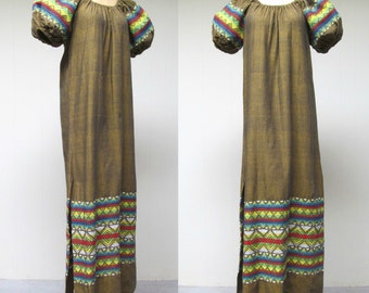 Vintage 1960s Maxi Dress / 60s Embroidered Guatemalen Peasant Dress / Medium