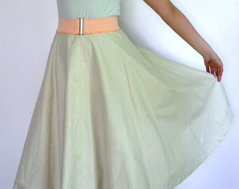 SALE 50s style circle skirt in light green cotton, size L / waist 33 inches