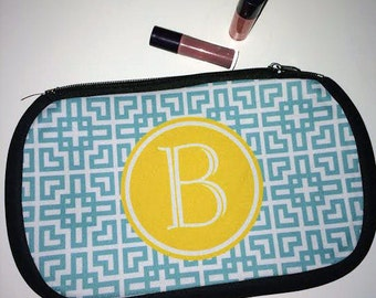 Monogram Makeup Bag - Bridesmaid Gift - Personalized Cosmetic Pouch - Teacher Gift