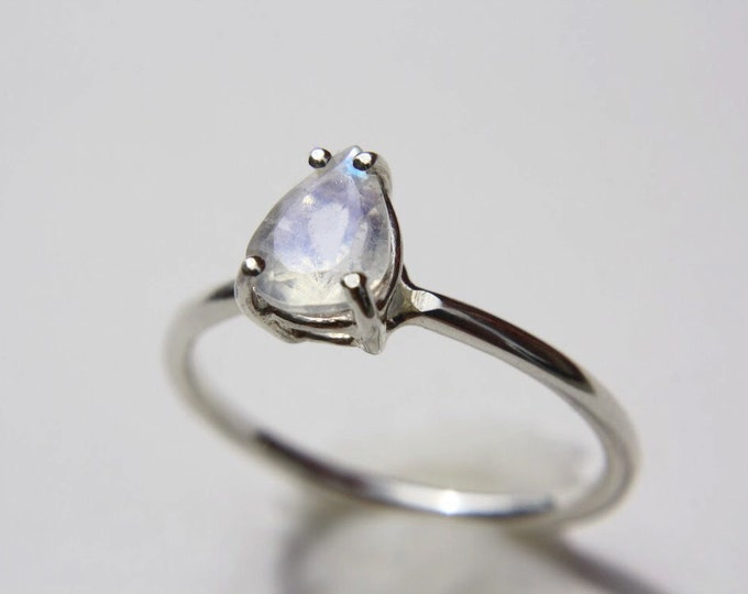 Dainty Faceted Pear Moonstone Ring in sterling silver - sterling silver moonstone ring - faceted moonstone ring - silver moonstone ring