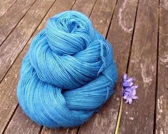 Turquoise Blue Hand Dyed Laceweight Yarn, Singles Lace Yarn, Falkland Merino yarn, British wool, 100g