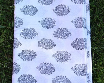 "Black and White Floral Indian Hand Block Print 100% Cotton Fabric, 1 yard x 45"", Traditional Border Printed, Fashion, Sewing, Craft Supply"