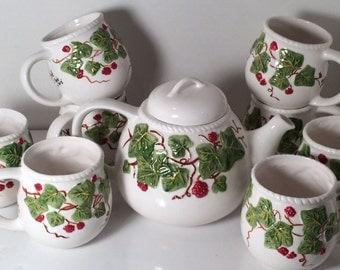 Tea Set    (9 piece)