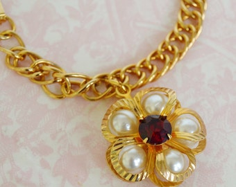 Vintage Bracelet with Rhinestone and Faux Pearl Flower Charm