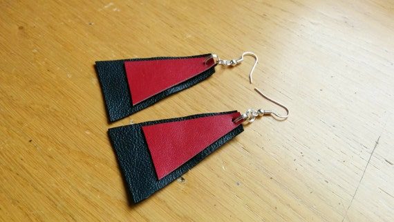 Leather earrings,leather drop earrings,black earrings,red leather earrings,black and red,leather dangle,black red earrings,red earrings