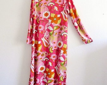 Vintage 1970's  Emilio Pucci Style Flower Power Jeresy Maxi Dress