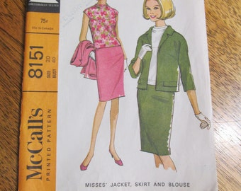 1960s MOD Jackie Kennedy Suit Jacket, Straight Skirt & Blouse / Shell - Plus Size 20 - VINTAGE Sewing Pattern McCalls 8151
