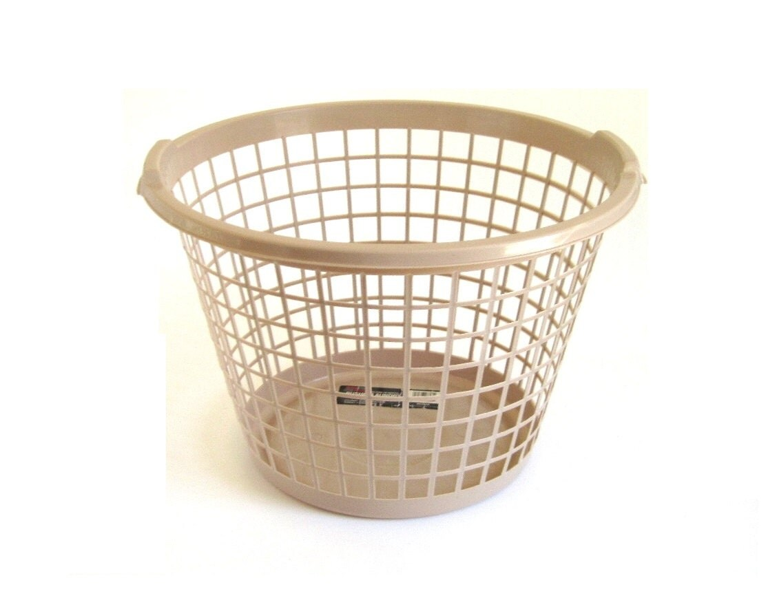 Round Laundry Basket Plastic Clothes Hamper By LaurasLastDitch