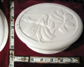 Choice,Lovely, Flower Box, Trinket Box, Jewelry box, Nick Knack,Tulip, Daffodil, Easter Lily, Ready to paint,Ceramic bisque,  u-paint