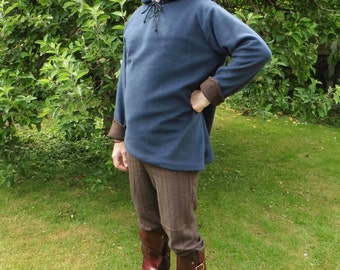 Legendary Navy with Brown Pointed Hood Fleece Tunic Top - Men's Large