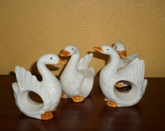 Geese/SET OF FOUR/Napkin Holders/Hand Painted/Vintage/White Ducks