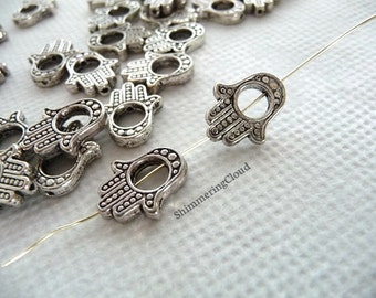 Hamza, Fatma's hand, Miriam's hand, hand charms, hand pendants, pendant, jewerly findings, silver, findings, jewelry, hand, palm, earrings,