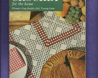 Vintage 1951 Woman's Day Booklet Crocheted Home Decor Doilies and More