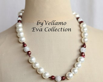 Glamorous pearl necklace with large white glass pearls, Swarovski crystal balls and wine red keshi reborn pearls, summer evening necklace