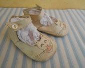 Vintage Soft Sole Soft Leather Old World Kitty Shoes