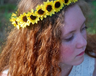 Flower crown, sunflowers, grapevine