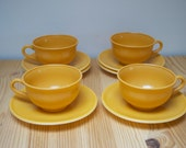 Vintage teacups Hazel-Atlas Ovide orange