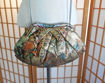 Vintage 80s Embossed Metallic Leather Purse in Abstract Pattern Shoulder Bag