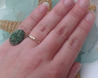 PRICED To SELL Artisan Crafted Circa 1920's Solid 14K Yellow Gold Large Carved Spinach Jade Filigree Ring - Size 4 1/2