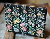 Vintage 50's Walborg Original petit point clutch with embroidered flowers