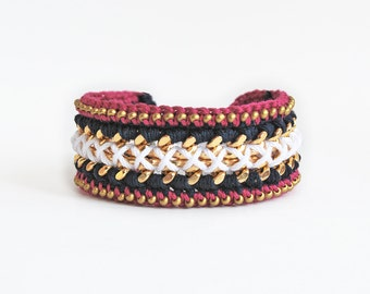 Woven chain bracelet with beads, crochet bracelet, chunky chain bracelet, statement bracelet, navy blue, white and pink